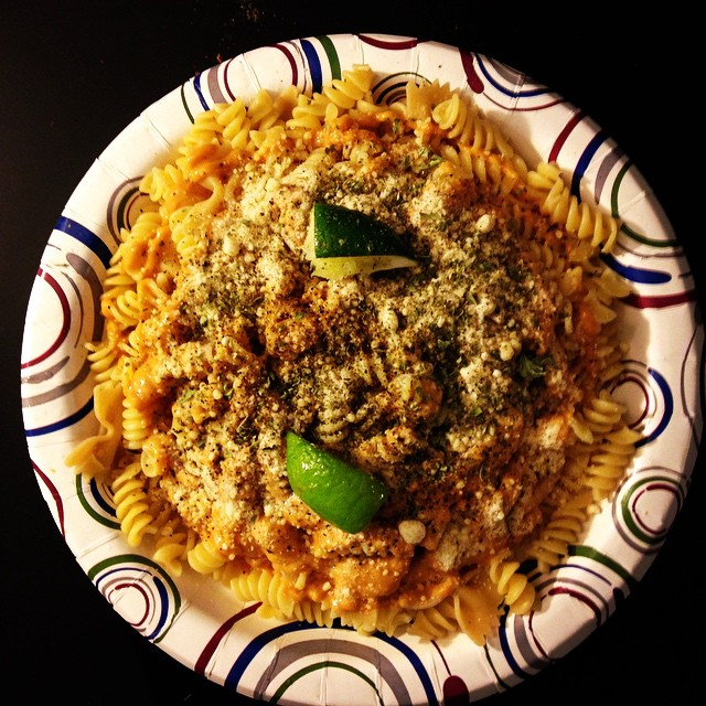 Al dente noodles covered with thai peanut sauce, parmesan, basil, oregano and fresh lime.